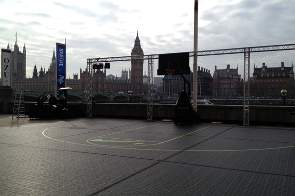 Nike-Basketball-Court-on-the-River-Thames
