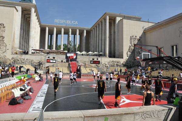 Quai-54-Basketball-Court