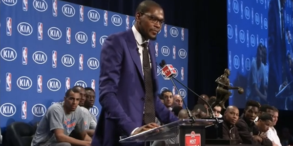 Kevin-Durant-Walked-into-the-Gym