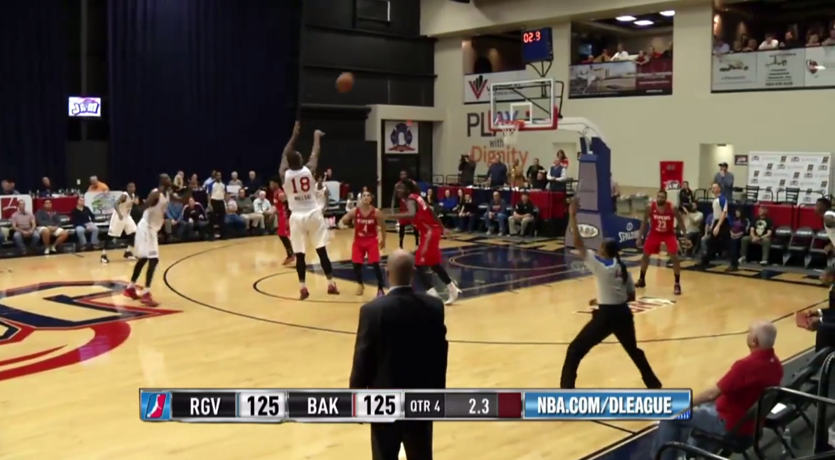 Elijah Millsap Clutch Three Pointers
