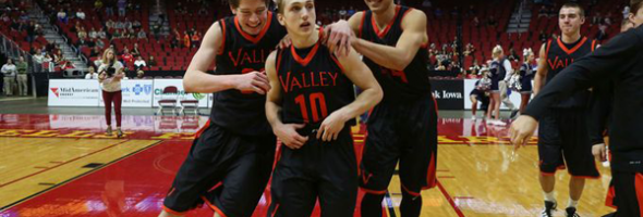 Valley-High-School-Hold-Ball